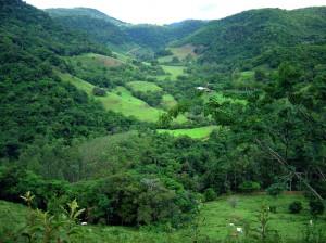 Neste vale ficavam as terras de Giovanni Marco Piovesan